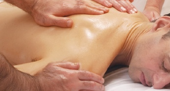 Ayurveda back massage